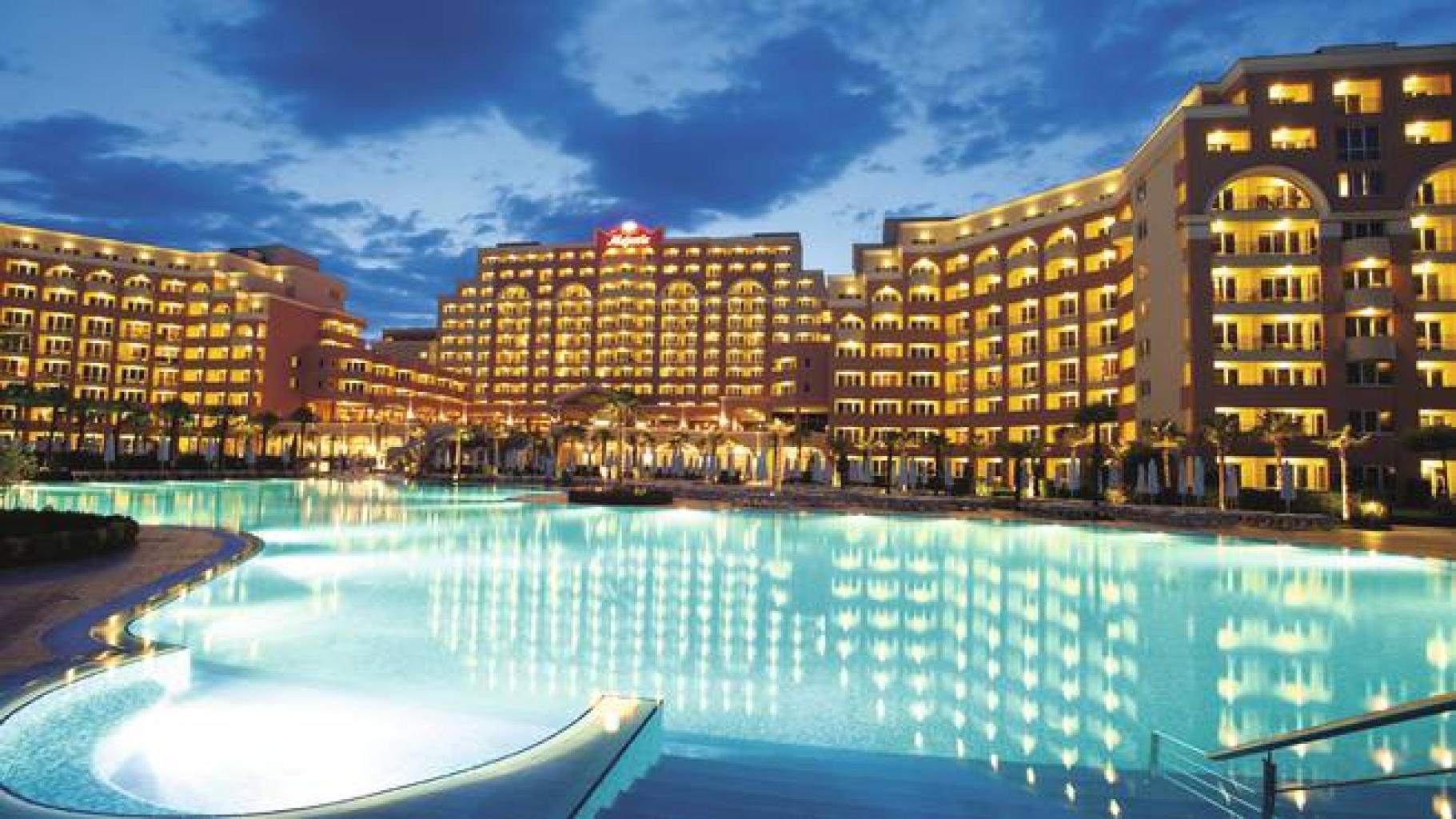 Hotels Near Tn Aj